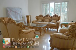 Kursi Tamu Sofa Ukir Victorian Antique Gold