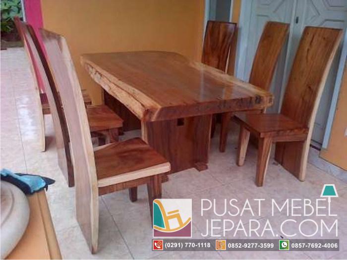 meja-makan-trembesi-blok-solid-wood