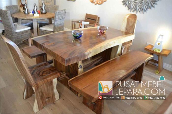set-meja-makan-kayu-suar-meh-2-kursi-2-bangku-panjang